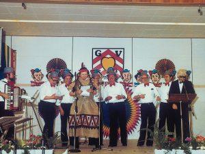 """Die Kleingruppe """"Rennewäms"""" beim Familienabend 1980"""