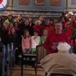 Hans Brandes begrüßt zum Weihnachtskonzert